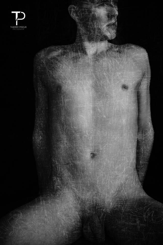 #surimpression #male #malemodel #model #nude #black&white #overprint